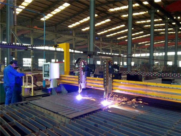 آلة قطع البلازما العملاقة CNC وآلة قطع الشعلة للوحة الصلب